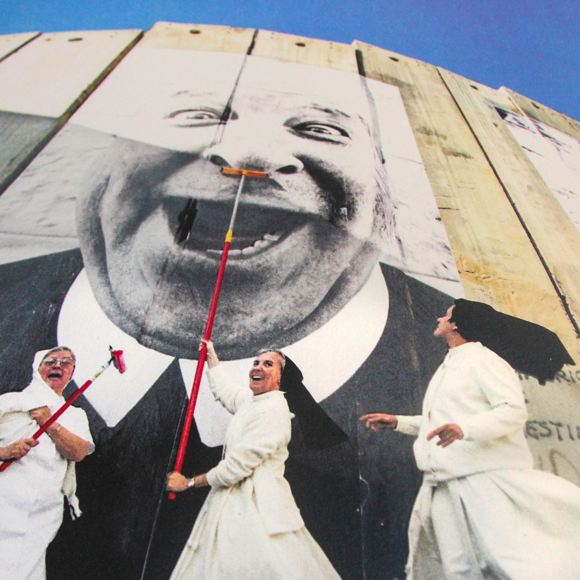 28 Millimètres, Face 2 Face, Nuns in action, separation wall, security fence, Palestinian side, Bethlehem, 2007